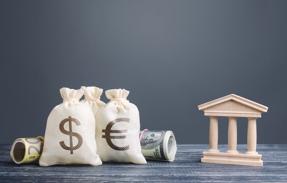 How banks affect investment and growth